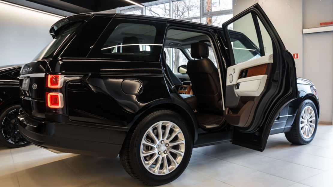 Range rover vogue 006 943x610
