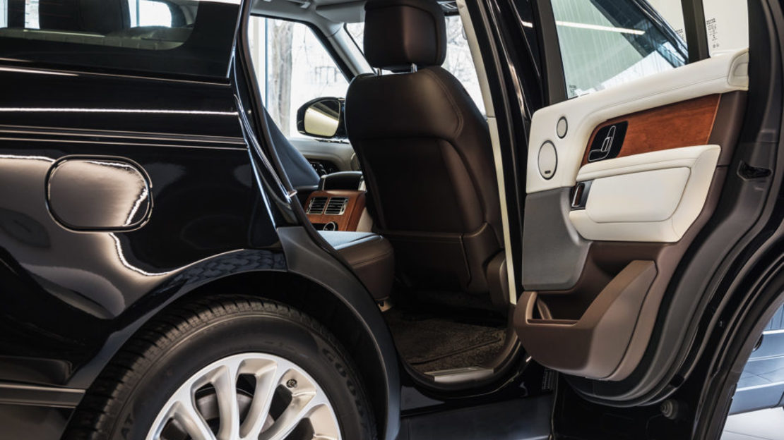 Range rover vogue 007 943x610